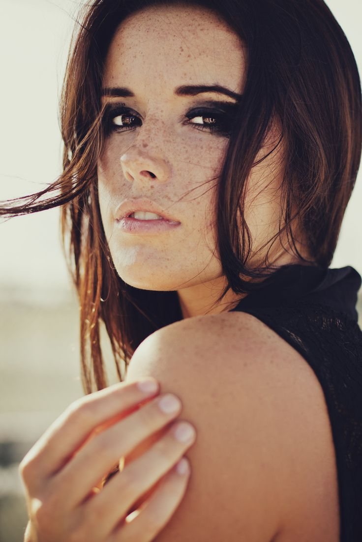 : Girls, Hanna Russell, Faces, Beautiful, Beauty, Freckles, Photo, Eye