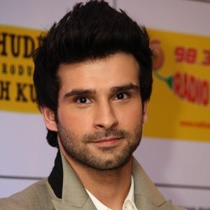 Girish Kumar (Indian, Film Actor) was born on 30-01-1989.  Get more info like birth place, age, birth sign, biography, family, upcoming movies & latest news etc.