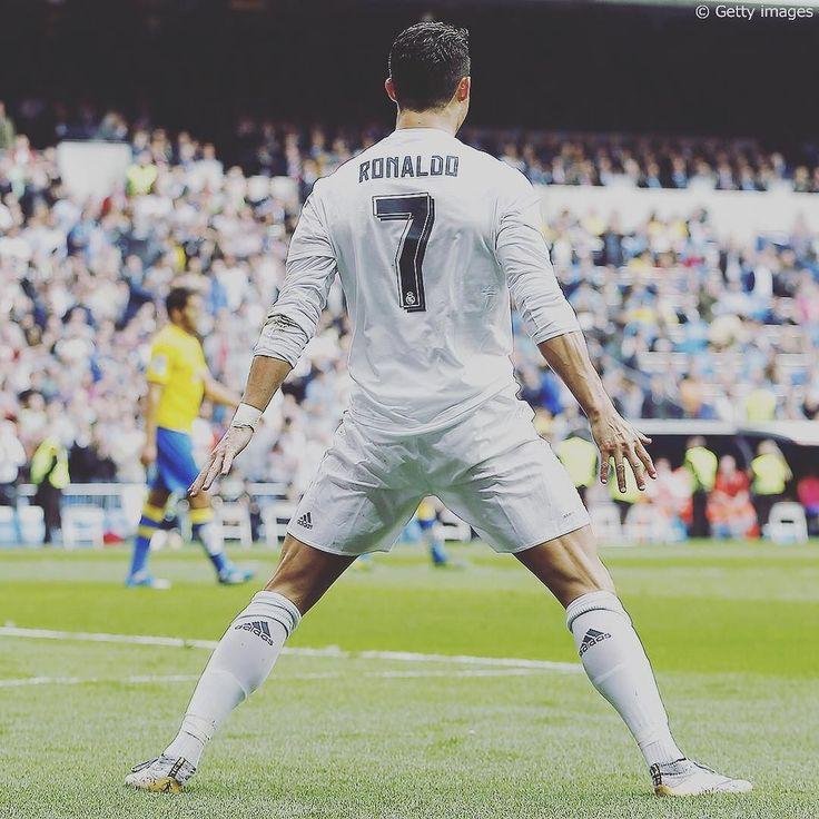 #レアルマドリード の#ロナウド が#ラスパルマス 戦で今季8ゴール目をマーク得点後はお馴染みのゴールパフォーマンスを披露しました #ronaldo #cr7 #realmadrid by soccerkingjp