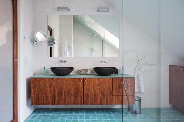 our very first apartment: Przechowywanie w łazience