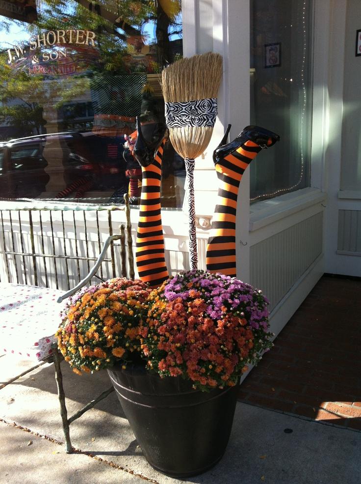 38 Best Halloween Planters Images On Pinterest Halloween