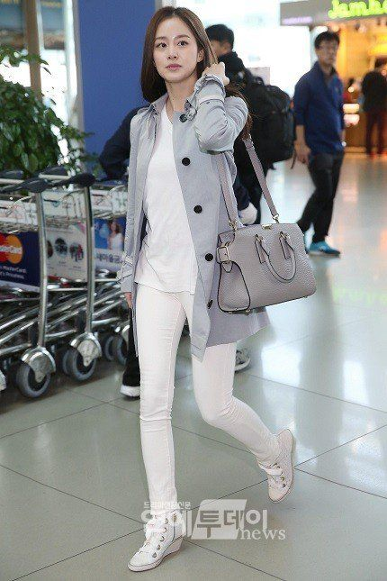 44 Best Kpop Stars Airport Fashion Images On Pinterest Airport Fashion Korean Fashion And Iu