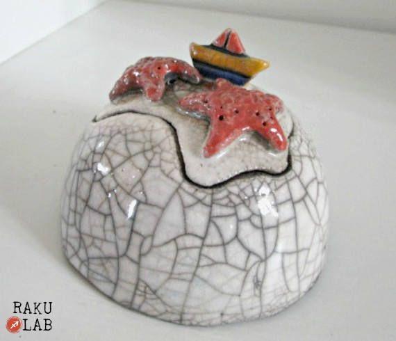 Scatola di ceramica Raku  Zuccheriera  Portagioie  Stelle