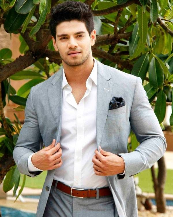 Sooraj Pancholi WALKS OUT of Tum Bin 2!