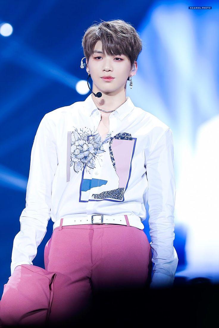 Kang Daniel Wanna One