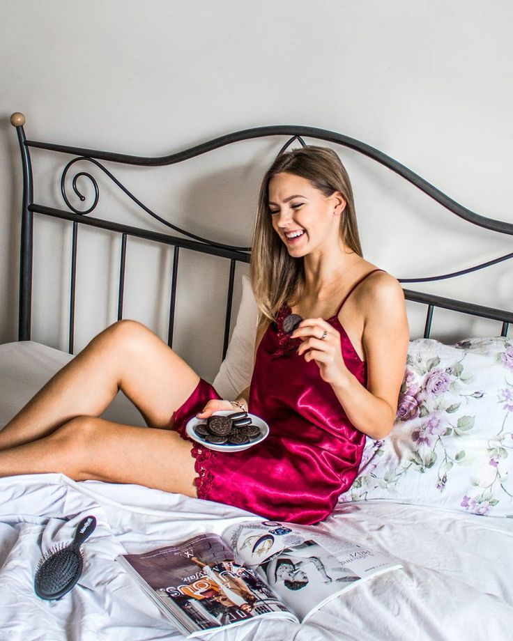 Girl's night in, a sleepover, beautiful nails and braided hair? More like a girl's weekend in! 👑🍪 #availablesoon #milanobrush #professional #haircare #hairstylist #fashion #style #black #hairbrush #brush #beauty #hair #flatlay #legs #model #bedtime #girls #christmastime #christmas #instastyle #shopaholic #gooddeal #photo #instagood #instadaily