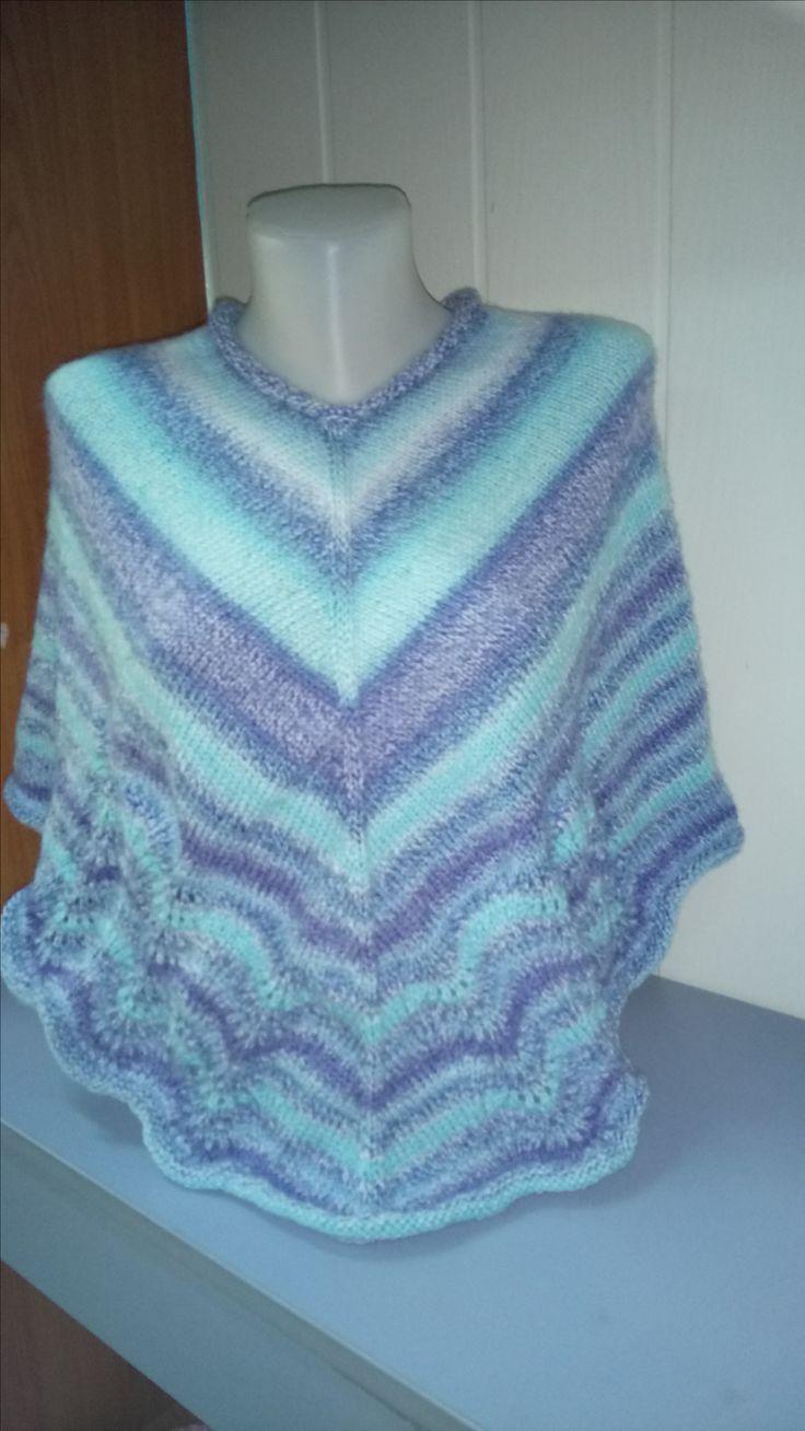 knitting poncho....:)