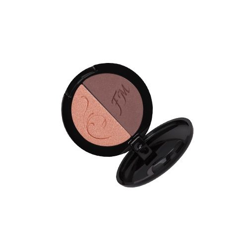 DUO EYESHADOW - VOLCANIC BROWN - This pressed 3 g Volcanic Brown Duo Eyeshadow is a perfectly matched duet of colours that puts a twinkle in the eyes and allows you to create the perfect everyday and evening eye make up. Aloe ensures proper moisturisation of the delicate skin of the eyelid. Macadamia oil additionally nourishes, making your eyelids fabulously supple and firm.  Total weight : 19.0 [g]