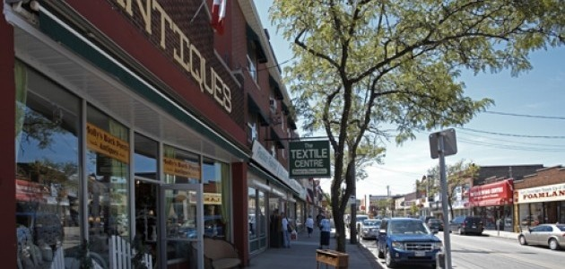 Ottawa Street, Hamilton's garment & antique district