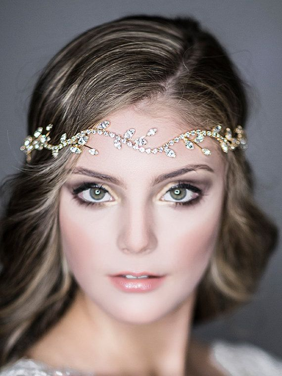 Vintage Inspired Wedding Hairstyles. To see more: http://www.modwedding.com/2014/05/19/vintage-inspired-wedding-hairstyles/ #wedding #weddings #hair #hairstyle #fashion Featured: GlamorousBijoux