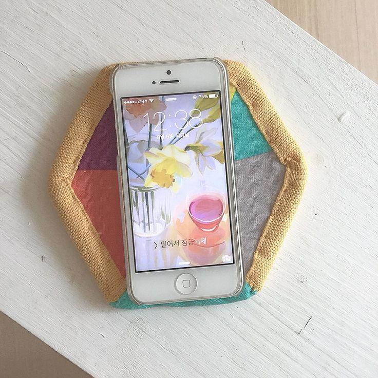. 코스타 만들기 . #바느질 #손바느질 #코스타 #컵받침 #handmade # #coster #nesshome #コースター #iPhone5 #아이폰 #iPhone #아이폰