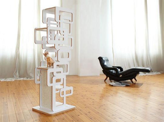 Beautiful and modern cat tree from German design firm Wohnblock! Who says cat toys can't be practical and pretty? ;)