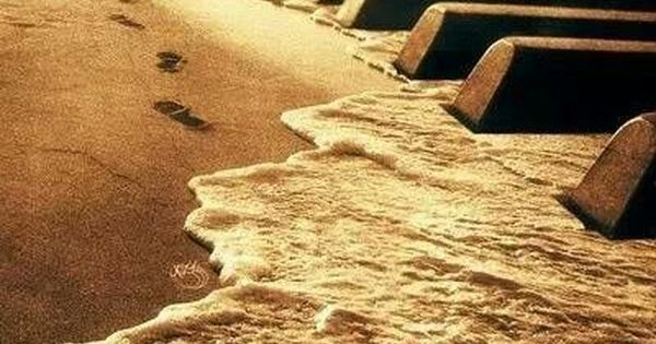 My two loves....The ocean & music T Bucket list - learning to play the piano More #music