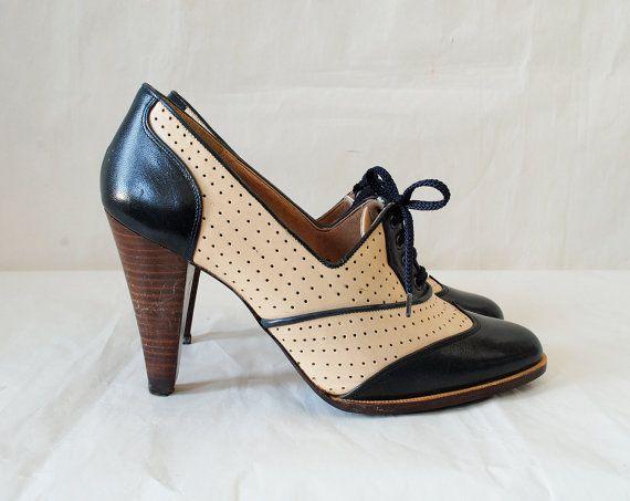 Vintage Wing Tip Oxford Platforms: Fashion Shoes, Oxfords Heels, Oxfords Platform, Woman Shoes, Vintage Wings, Vintage Oxfords, Oxfords Pumps, Go Oxfords Shoes, Shoes Vintage