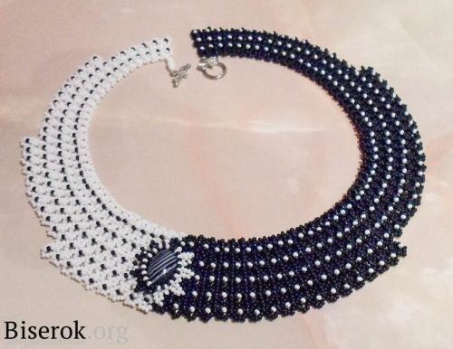 """Black and White """"Domino"""" Beaded Necklace Tutorial ~ The Beading Gem's Journal"""