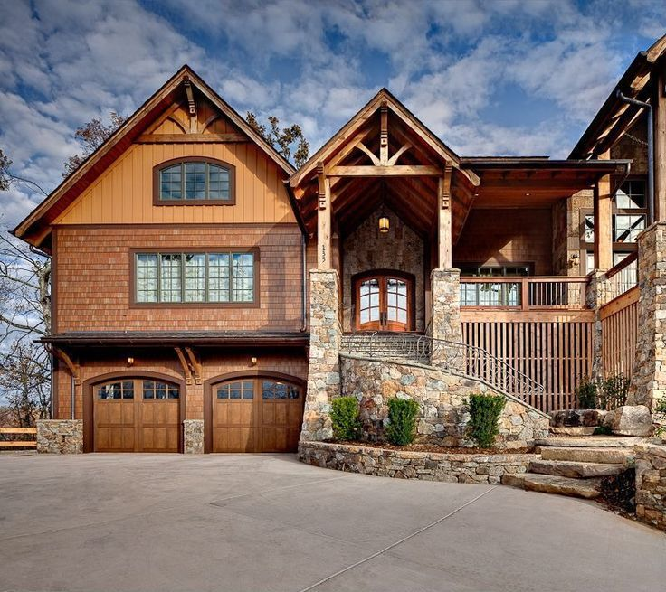 http://www.modularhomepartsandaccessories.com/replacementgaragedoors.php has some information on the types of garage doors available in the marketplace.