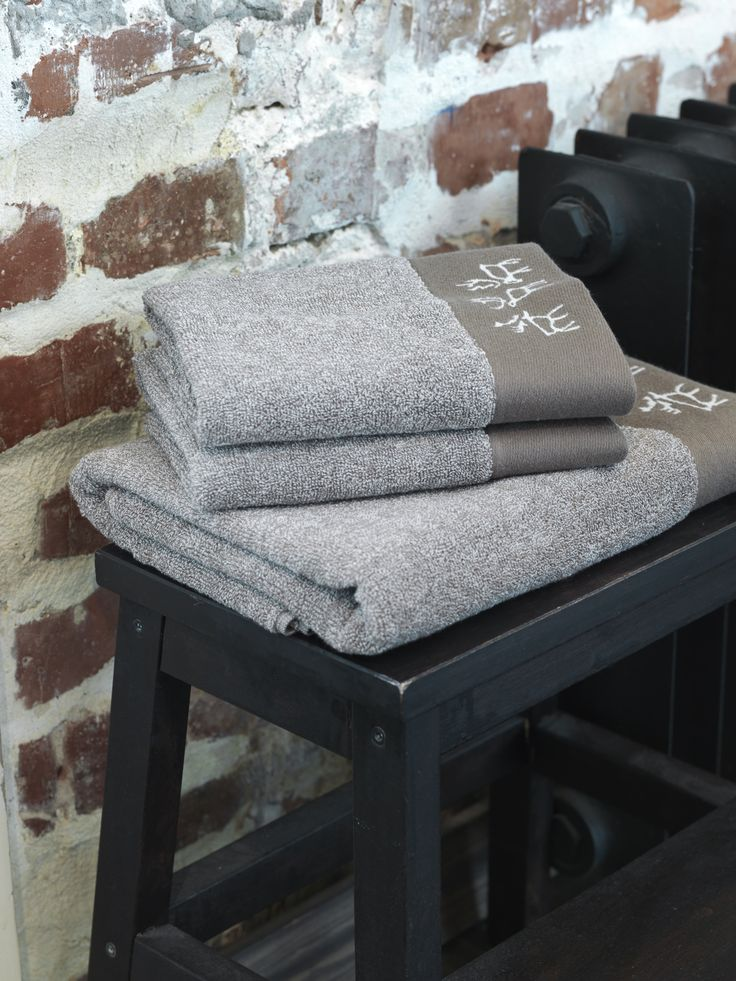 Saaga Terry Towel | Pentik | Lovely jacquard-knit Saaga terry towel is made of 100 % cotton. Belonging to Saaga (Saga) series, this towel brings a luxurious, soft touch to your bathroom.