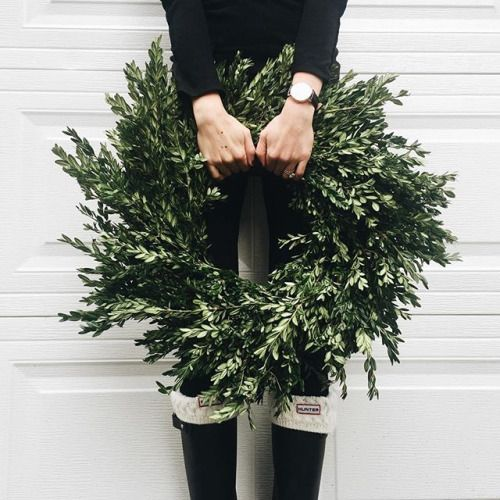 delta-breezes: Allie Seidel  | Hunters & knits   Glam Christmas hair beauty share wander wonder jewels jewelry accessories clothing womens blog fashion style classy boho fresh feed stylish glamorous share inspiration ootd outfit stylin fall winter shop shopping