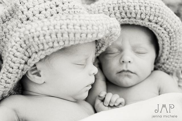 <3 Newborn Twin Boys in Knitted Cowboy Hats <3