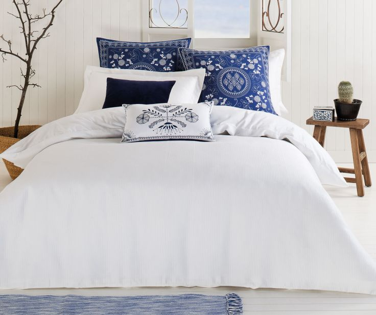BED :: QUILT COVER SETS :: Amala - White waffle weave quilt cover.