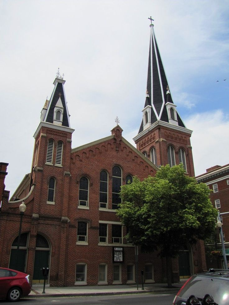 https://flic.kr/p/JzwGB9 | St. John's Lutheran Church | St. John's Lutheran Church is located in downtown Martinsburg, West Virginia.  I haven't been able to locate much information about its history, but I really liked the building's architecture and the tall steeple.