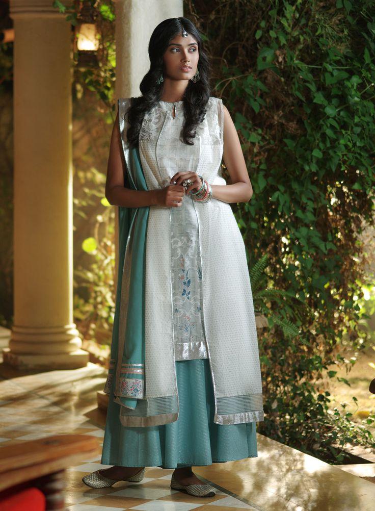W for Woman | Top Wear | White Kurta | 16FE15721-57208