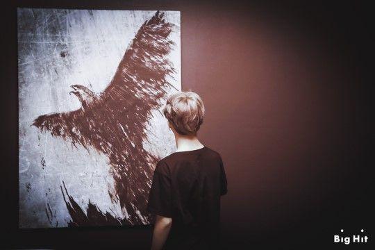 """[스타캐스트] 날아올라! 방탄소년단 정규앨범 """"WINGS"""" 재킷 촬영장! :: 네이버 TV연예"""