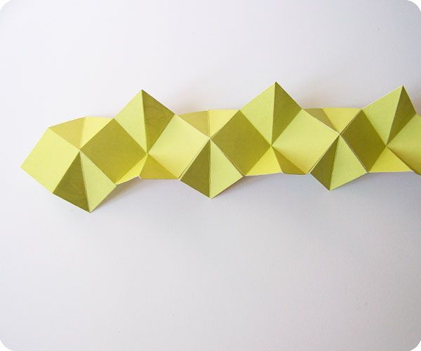 snake book tutorial via sarah nielsen.com - great way to change up a greeting card