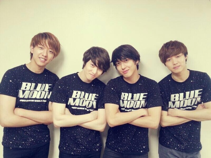 Love this four boyys so muchhhhh, love them to the blue moon and backkk❤ #CNBLUE