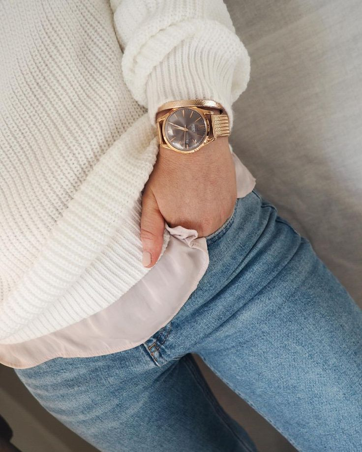 Simple layers and a Henry London watch