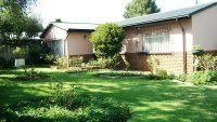 Well kept 3-bedroom home in Roodepoort