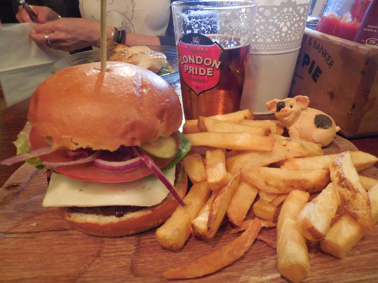 Chalcroft Farm Beef Burger -The Barrowboy & Banker - London, UK