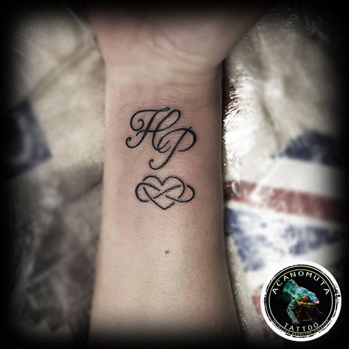 Grammata ston karpo tou xeriou apo tis pio must epiloges suggested by Acanomuta tattoo studio..