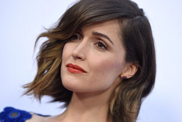 Rose Byrne Photos Photos - Celebs arrive at the Los Angeles premiere of 'Adult…