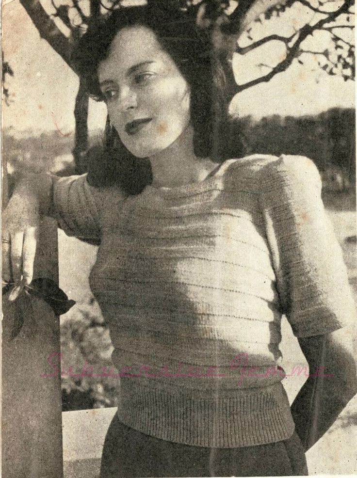 I had to add interesting to this pattern description - because it is! This lovely pattern comes from 'Summer Knitting', circa early 1940s.  ...