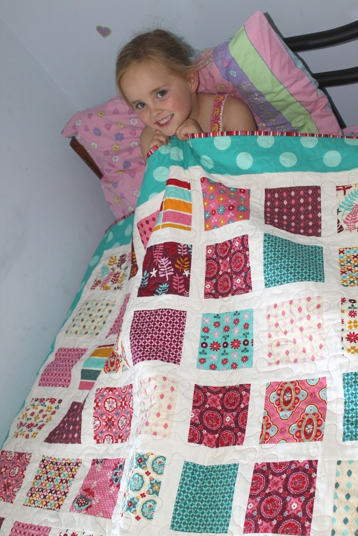 Free baby bed quilt patterns - Quilt Patterns Using Charm Packs Time Sew Little Fabric My