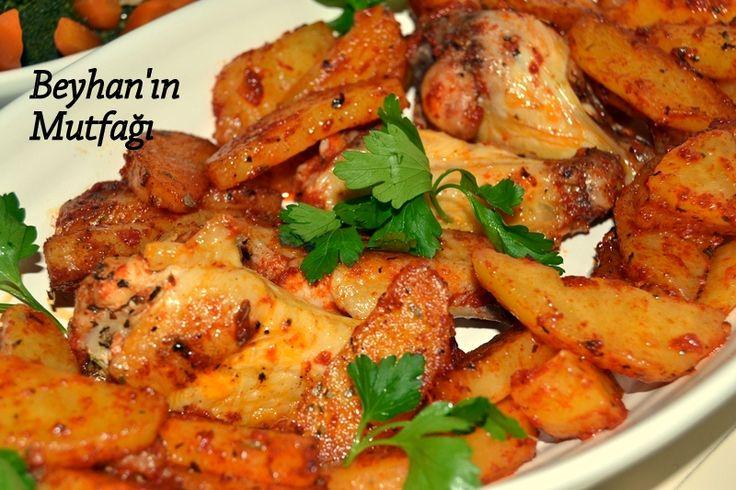 Tavada tavuk, baharatlı tavuk, soslu tavuk, yemek tarifleri, akşam yemeği, salatalar, brokoli salatası, salçalı tavuk, tavuk yemeği, baharatlı patates