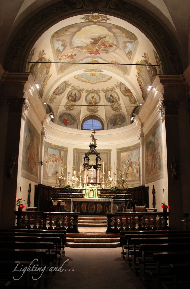 Church illumination. #Luce #light #lighting #lightingand #church #chiesa #interior #interno #design #disegno #illumination #illuminazione #warm #soft #Erco #faretto #Italia #Lombardia