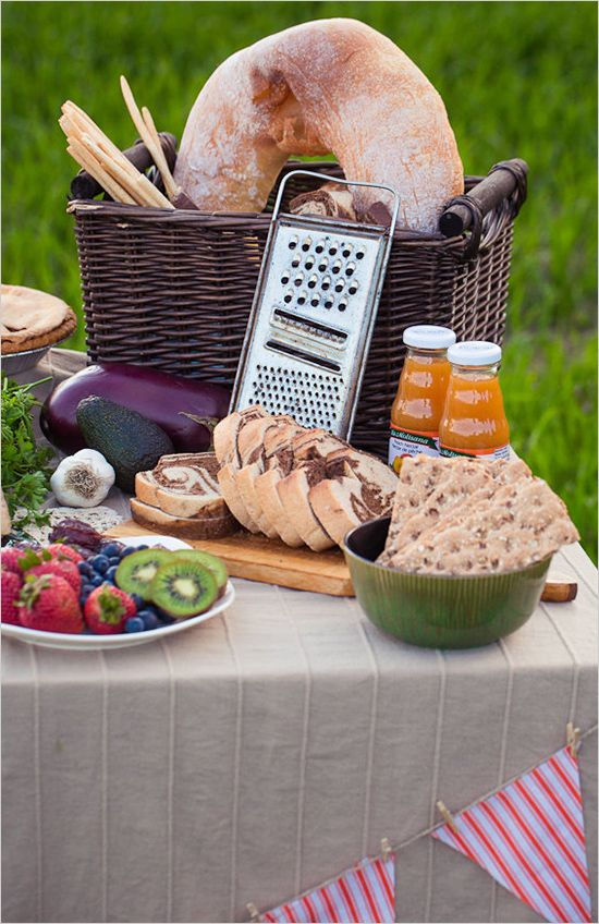 Super cute italian inspired food table with breads, meats, and exotic cheeses. #food #weddingfood #weddingchicks ---> http://www.weddingchicks.com/2014/04/30/colorful-bohemian-wedding-ideas/