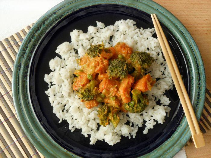 Sütőtökös brokkolis garam masala rizzsel zöldborsóval