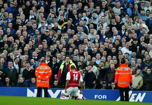 Henry's celebration against spurs; the anger in the spurs fans face is a picture of joy!