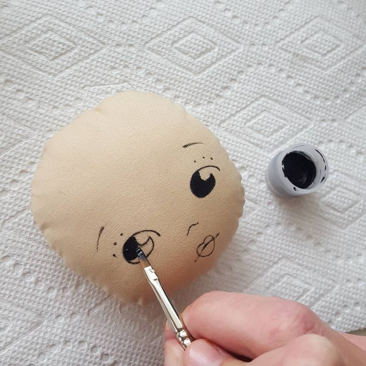 Working on a new pattern.. I've had so many requests for the Sparkle Starting doll pattern, so I've decided to do one and include options for a painted face as well as an embroidered face.  #gingermelondolls #gingermelon #sparklestarlet #dollmakers #doll #dollpattern