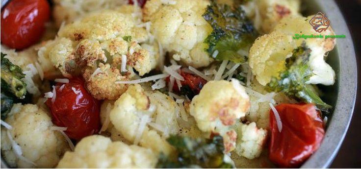 Жареная цветная капуста является вегетарианским блюдом и, съев порцию, Вы обязательно захотите добавки.
