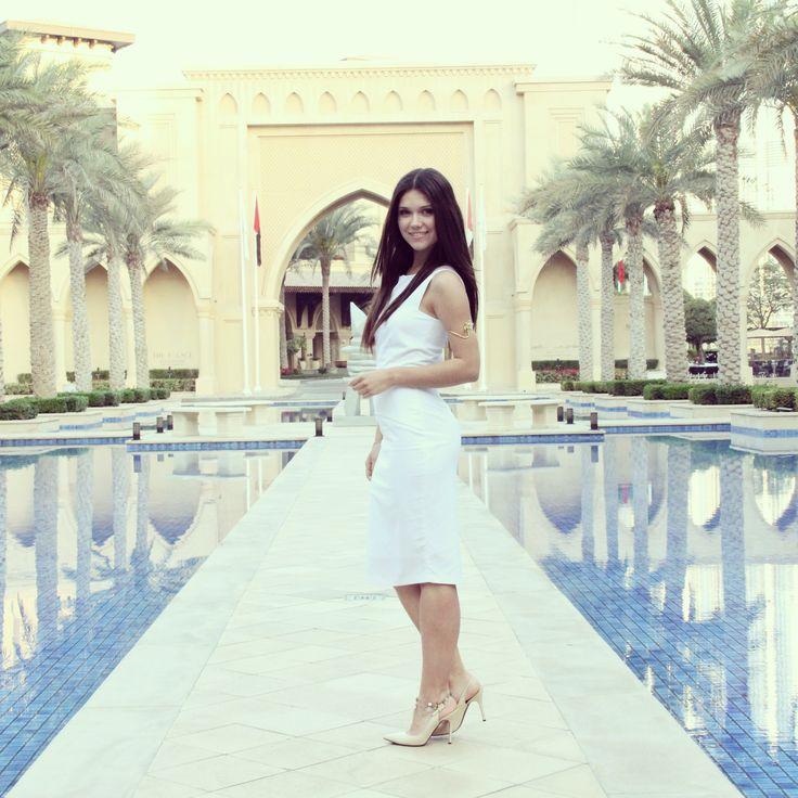 Dubai look!