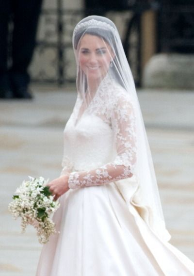 17 best images about wedding dresses on pinterest for Princess catherine wedding dress