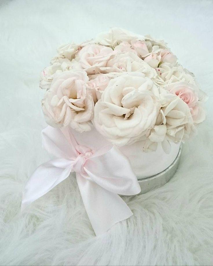 Kerti rózsás virágdoboz!  Garden roses box!