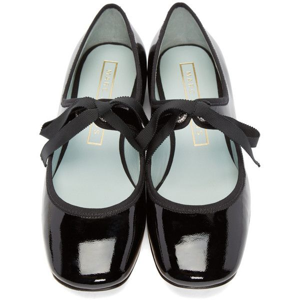 Marc Jacobs Black Lisa Mary Jane Ballerina Flats ($185) ❤ liked on Polyvore featuring shoes, flats, mary jane ballet flats, strappy flats, black mary jane flats, square-toe ballet flats and flat shoes