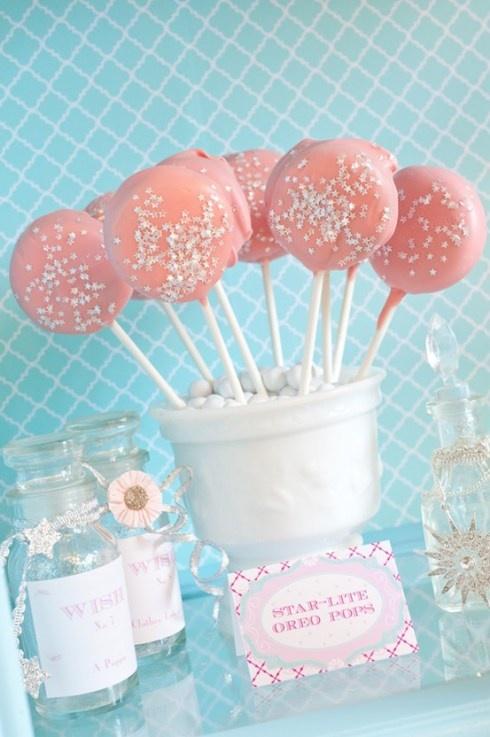 Pastel glitter cake pops