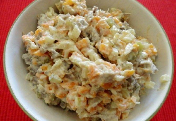 Boeuf saláta recept képpel. Hozzávalók és az elkészítés részletes leírása. A boeuf saláta elkészítési ideje: 20 perc