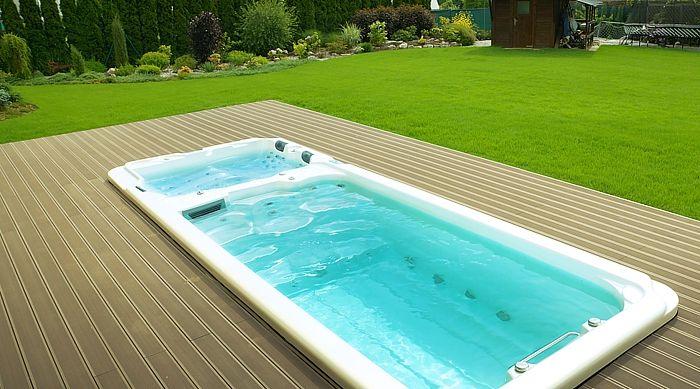 Basen ogrodowy Swim-SPA Nautilus XXL . Luksusowy minibasen ogrodowy połączony z wanna z hydromasażem.